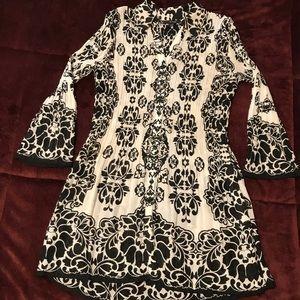 Alfani black and white 100% polyester tunic